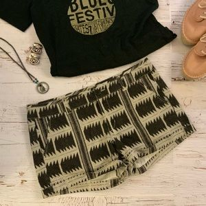 American Eagle outfitters Aztec print shorts